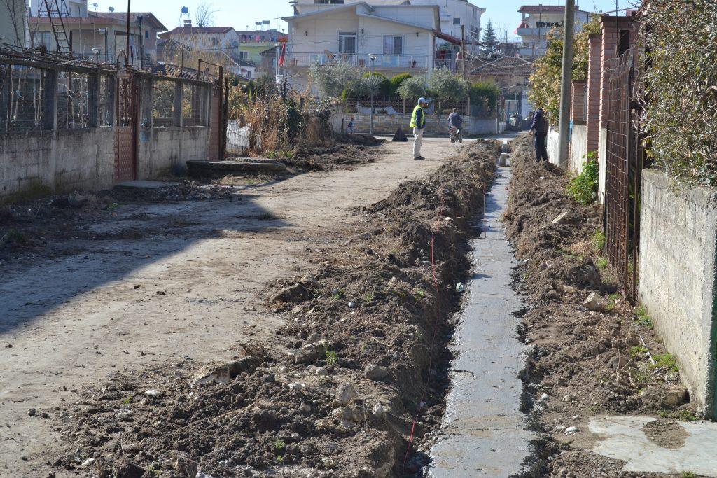Gramsh, banorët: Infrastruktura, pengesa për shërbimet mjekësore